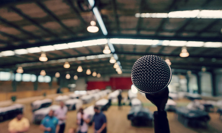 3 Tips To Becoming A More Captivating Public Speaker